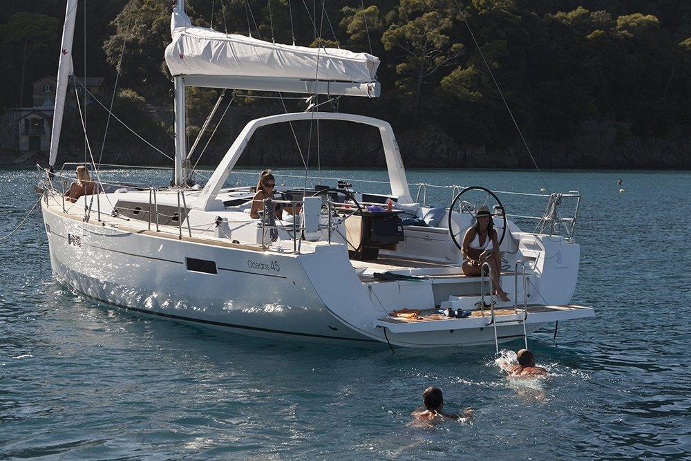 Prestige Yacht Sales - Boat Dealers - 2 Washington St