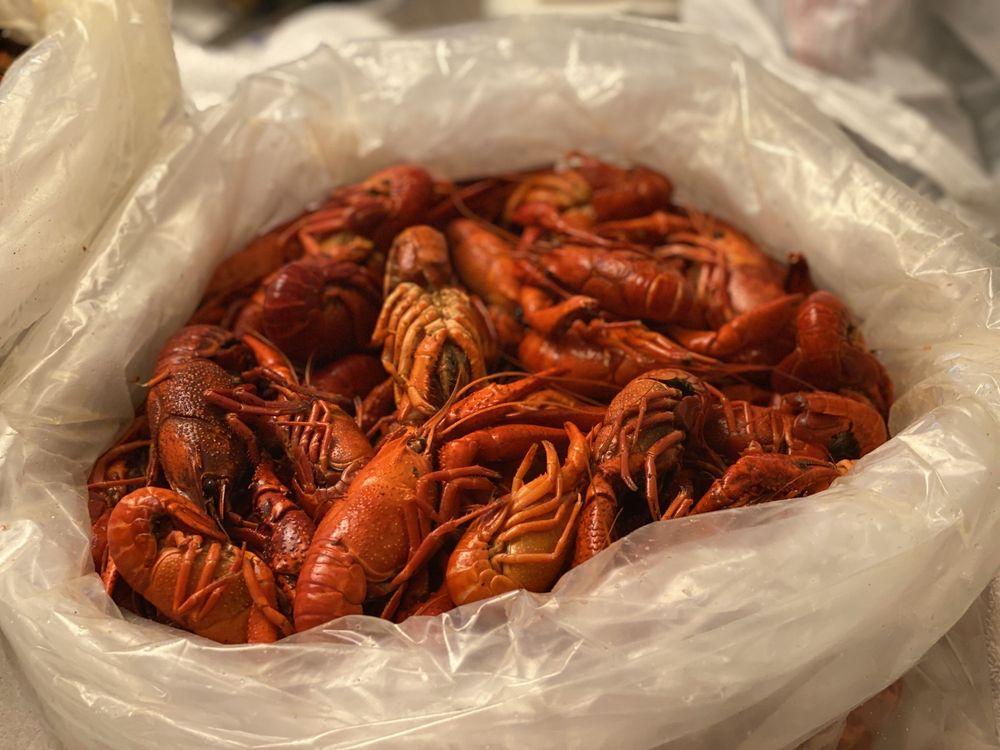 Joe Patti's Seafood Company: 524 S B St, Pensacola, FL