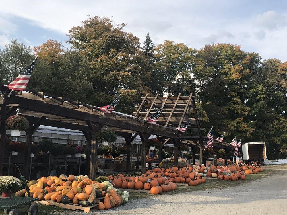 Dedrick's Farm Market: 19 Cortland Rd, Dryden, NY