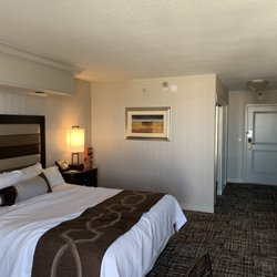 Amazing Treasure Island 2080 Photos 2669 Reviews Hotels 3300 Download Free Architecture Designs Pendunizatbritishbridgeorg