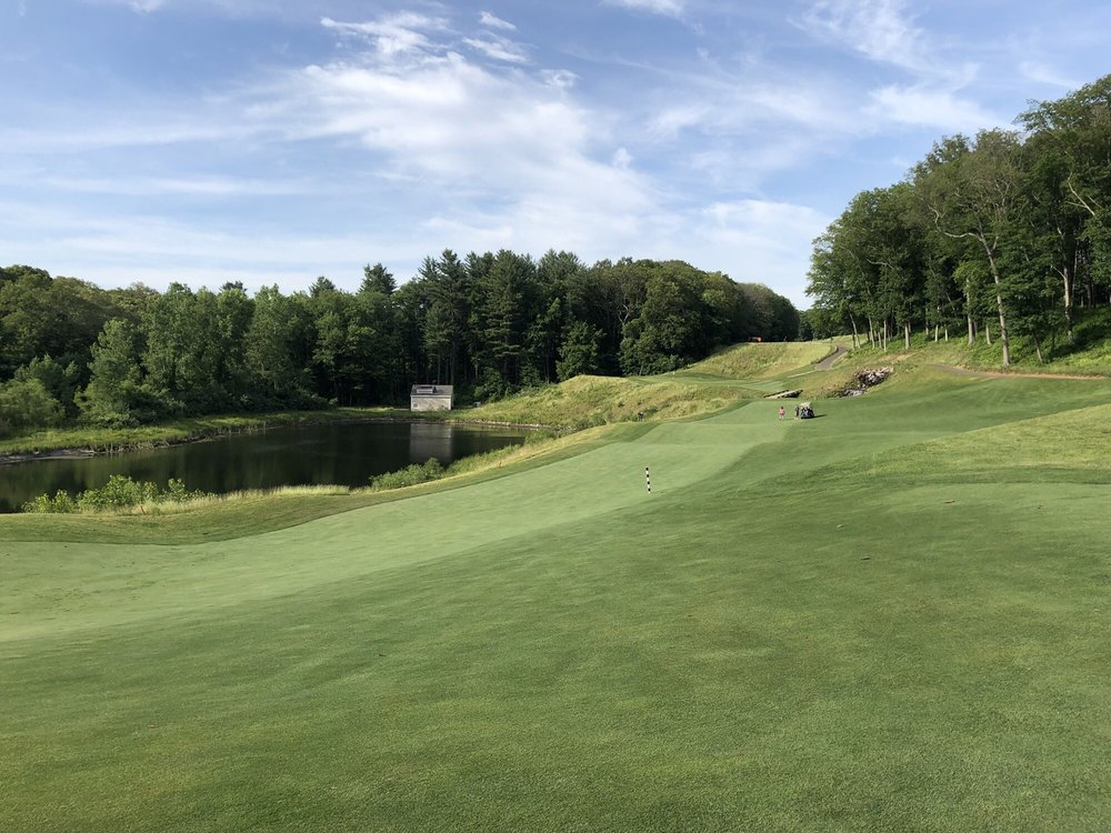 Mohegan Sun Golf Club: 7 Dows Lane, Baltic, CT