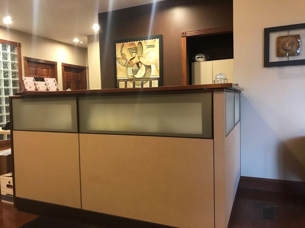 Roberts, Wooten & Zimmer: 10438 Business 21, Hillsboro, MO