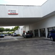 University Mitsubishi - 10 Photos & 23 Reviews - Car Dealers - 5395