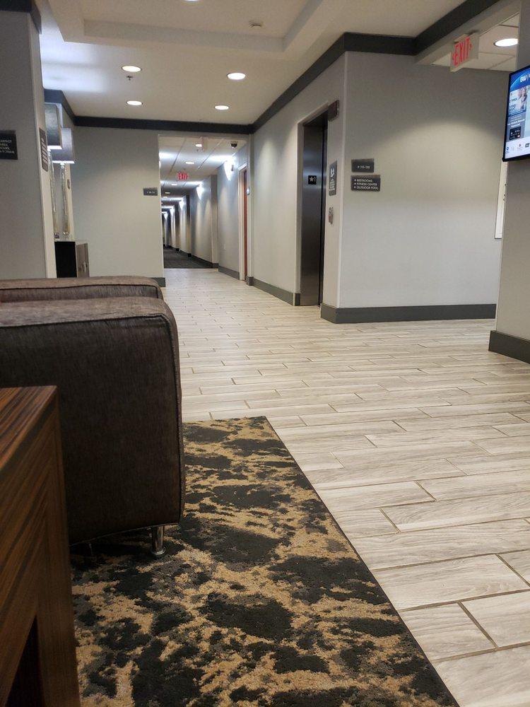 Best Western Plus Philadelphia-Choctaw Hotel and Suites: 15211 Hwy 16 W, Philadelphia, MS