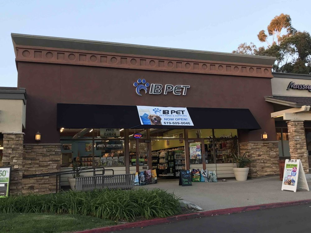IB Pet: 3729 Avocado Blvd, La Mesa, CA
