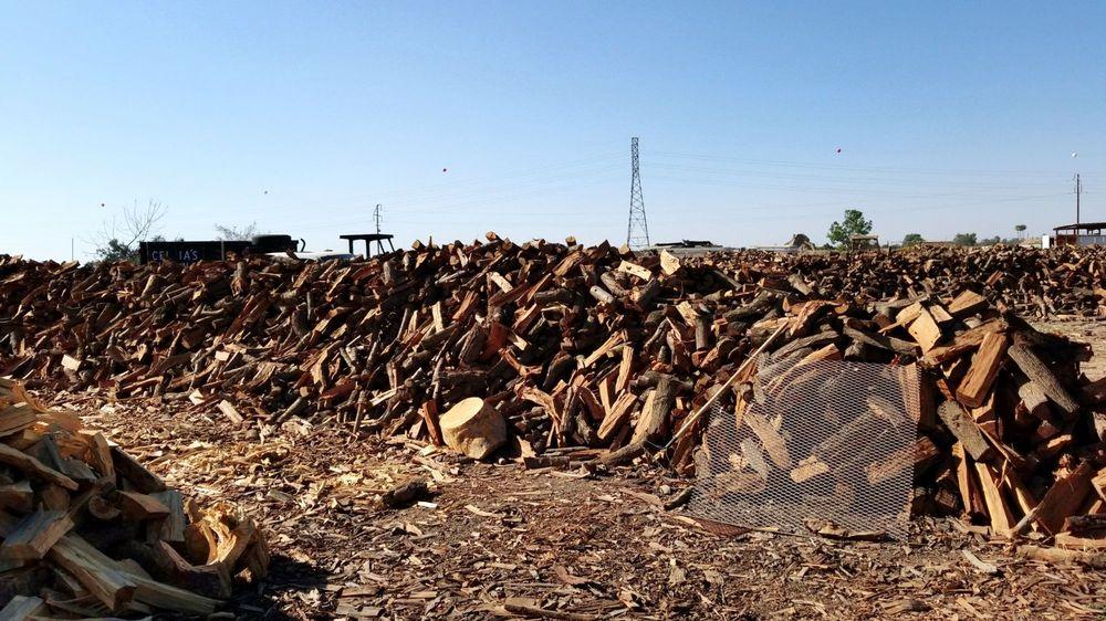 Celia's Firewood: 408 E Pacheco Rd, Bakersfield, CA