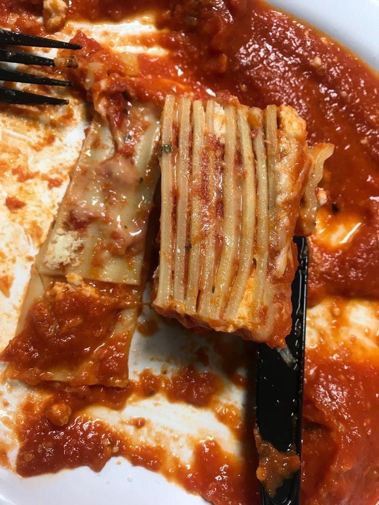Food from Randazzos Pizza