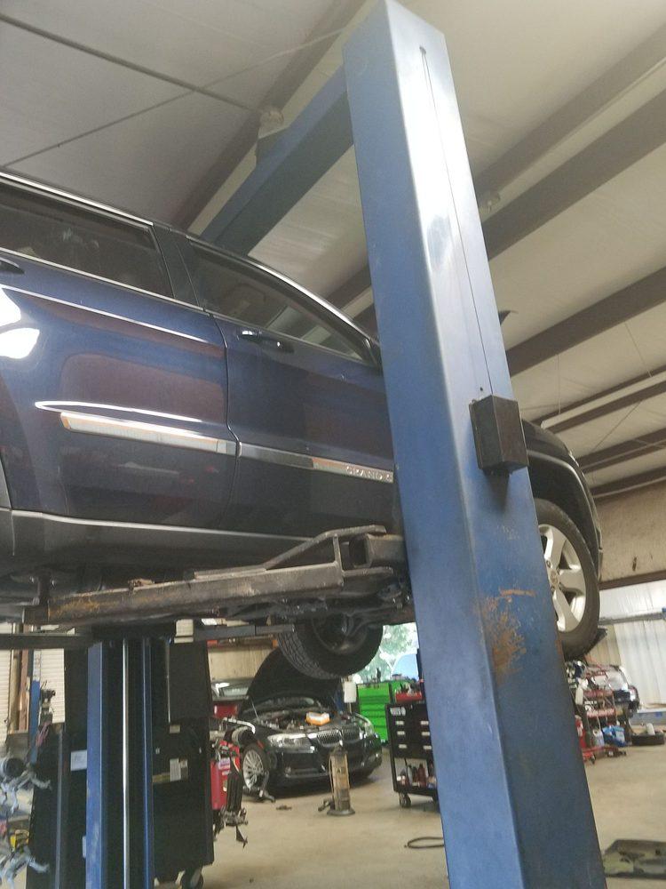 Southern Dixie Auto Repair: 1808 7th St S, Clanton, AL