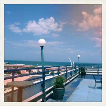 Photo Of Streamline Hotel Daytona Beach Fl United States On The Rooftop