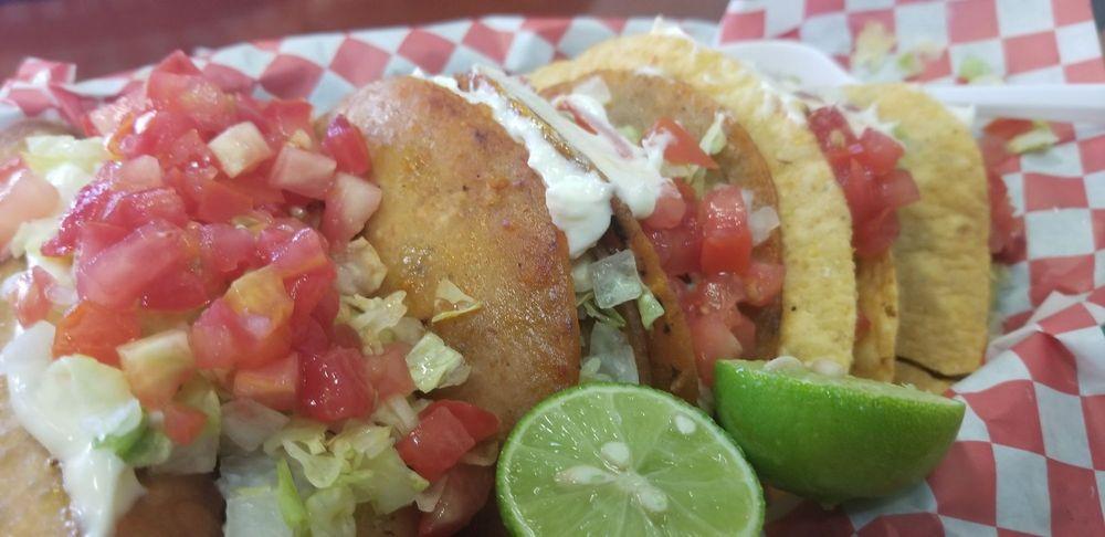 Taqueria Porfis: 3553 S 12th Ave, Tucson, AZ
