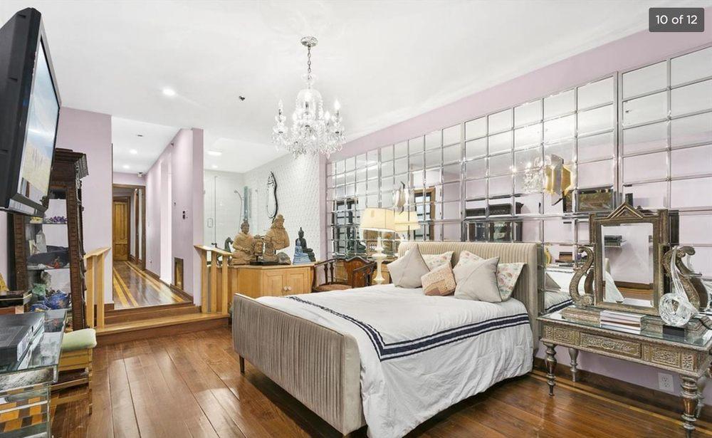 Northern Lights Mansion: 210 W 122nd St, New York, NY