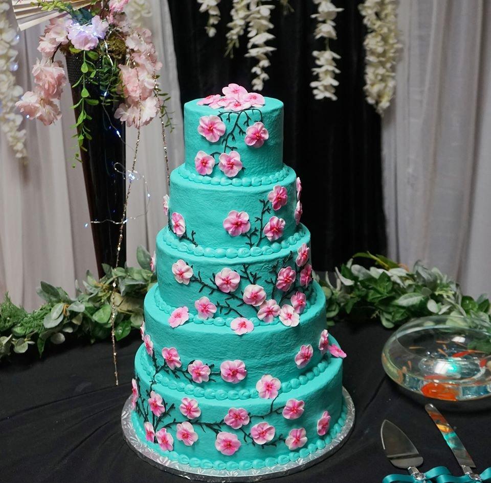 How Sweet It Is Cake Shop: 904 N Cummings Dr, Alvarado, TX