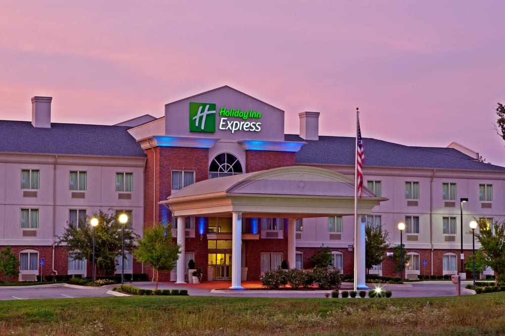 Holiday Inn Express Radcliff - Fort Knox: 30 Bourbon St, Radcliff, KY