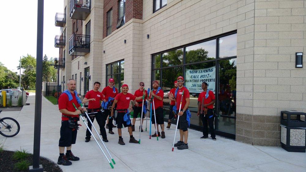 Fish Window Cleaning: 7162 Stadium Dr, Kalamazoo, MI
