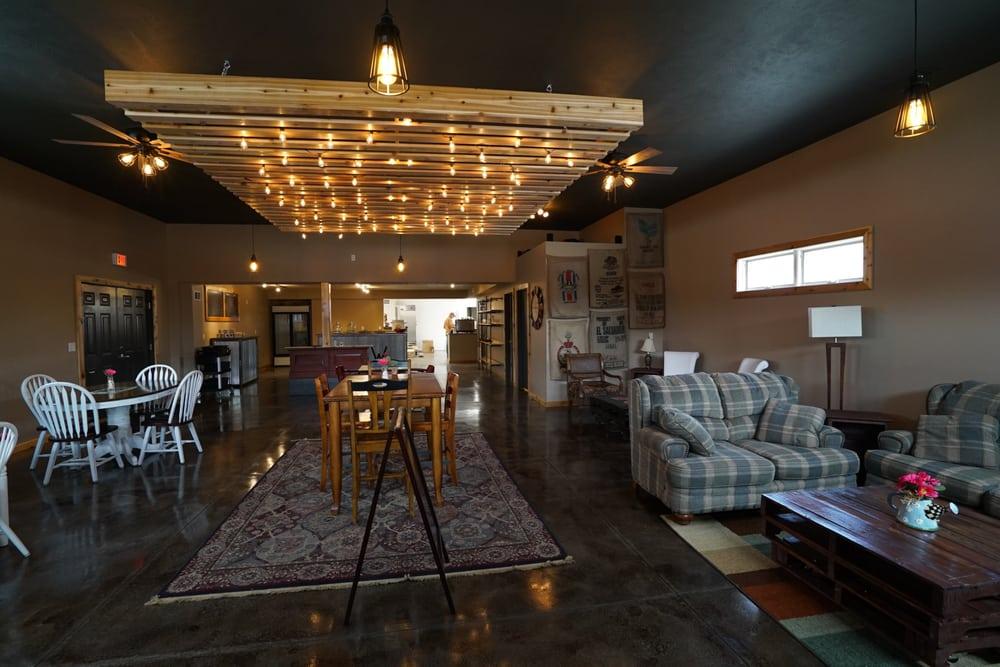 Brew Coffee House & Tasting Room: 318 N Spruce St, Valley, NE