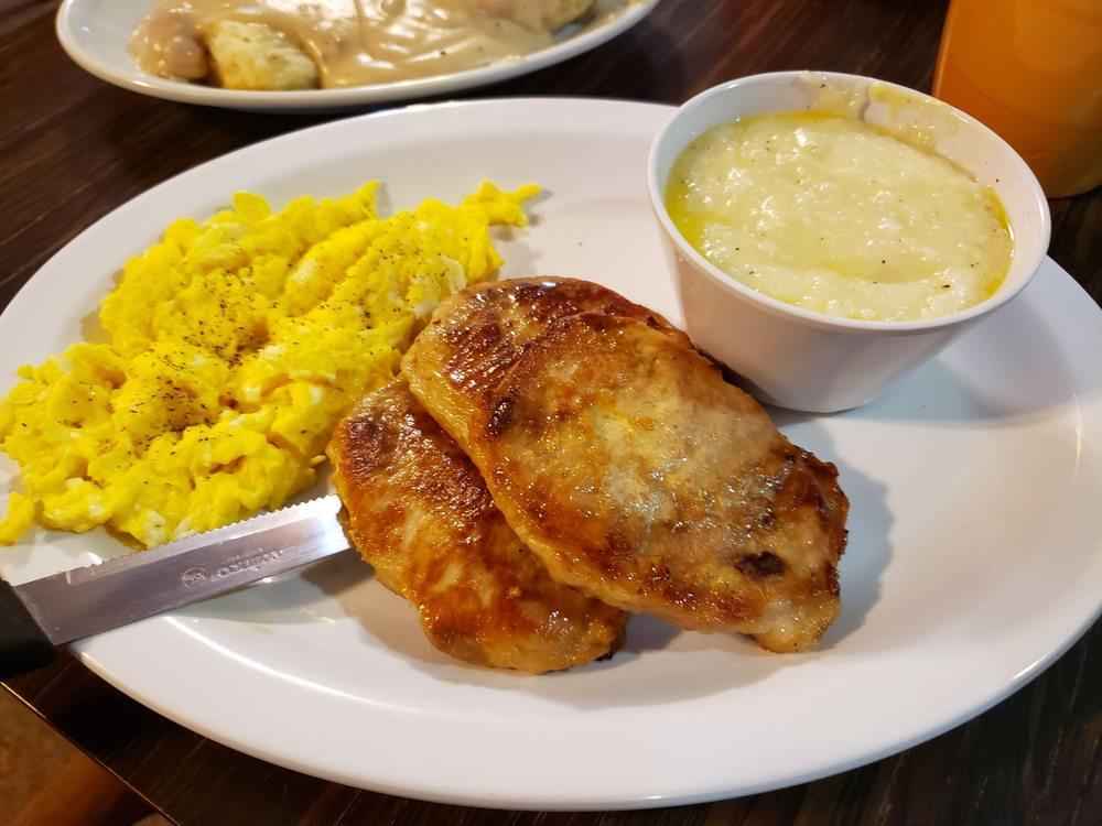 Cafe 93: 5199 Sullivan Gardens Pkwy, Kingsport, TN