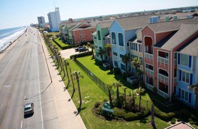 Ryson Real Estate and Vacation Rentals: Diamond Beach 702
