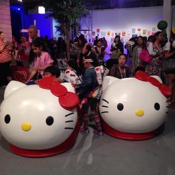 db3cb8b9b Photo of Hello Kitty Con - Los Angeles, CA, United States. Giant sized