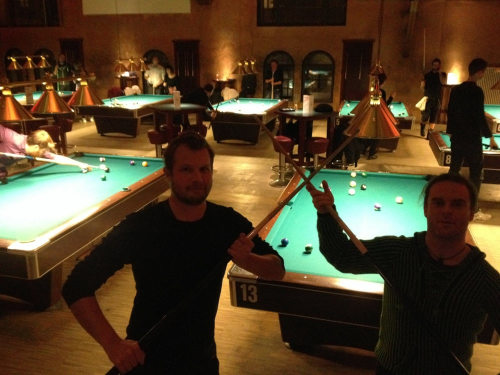 Sala Da Biliardo In Inglese : Pool & cigars 14 foto e 15 recensioni sale da biliardo