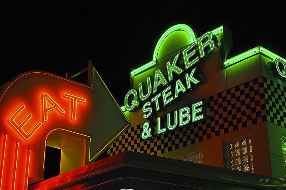 Quaker Steak & Lube: 101 Chestnut St, Sharon, PA