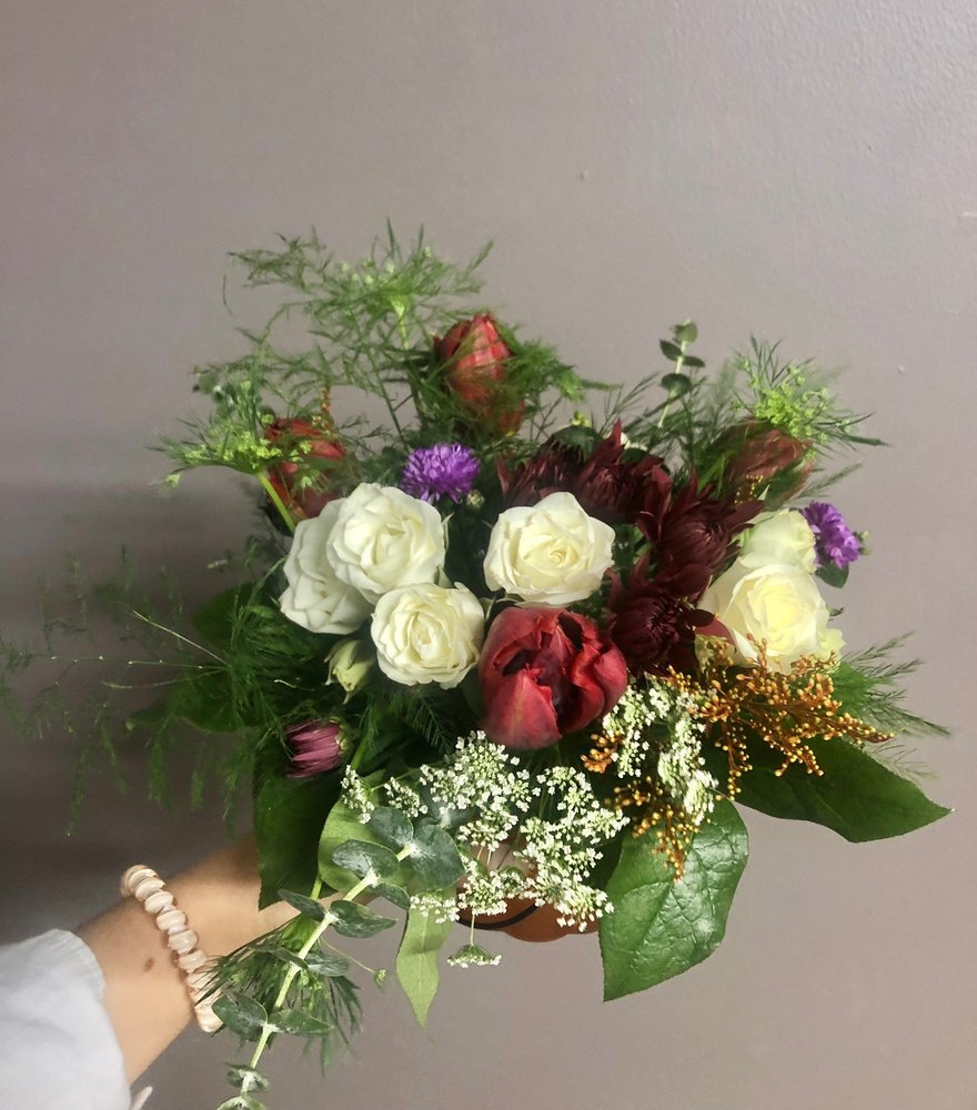 Beartooth Floral and Gifts: 1316 Beck Ave, Cody, WY