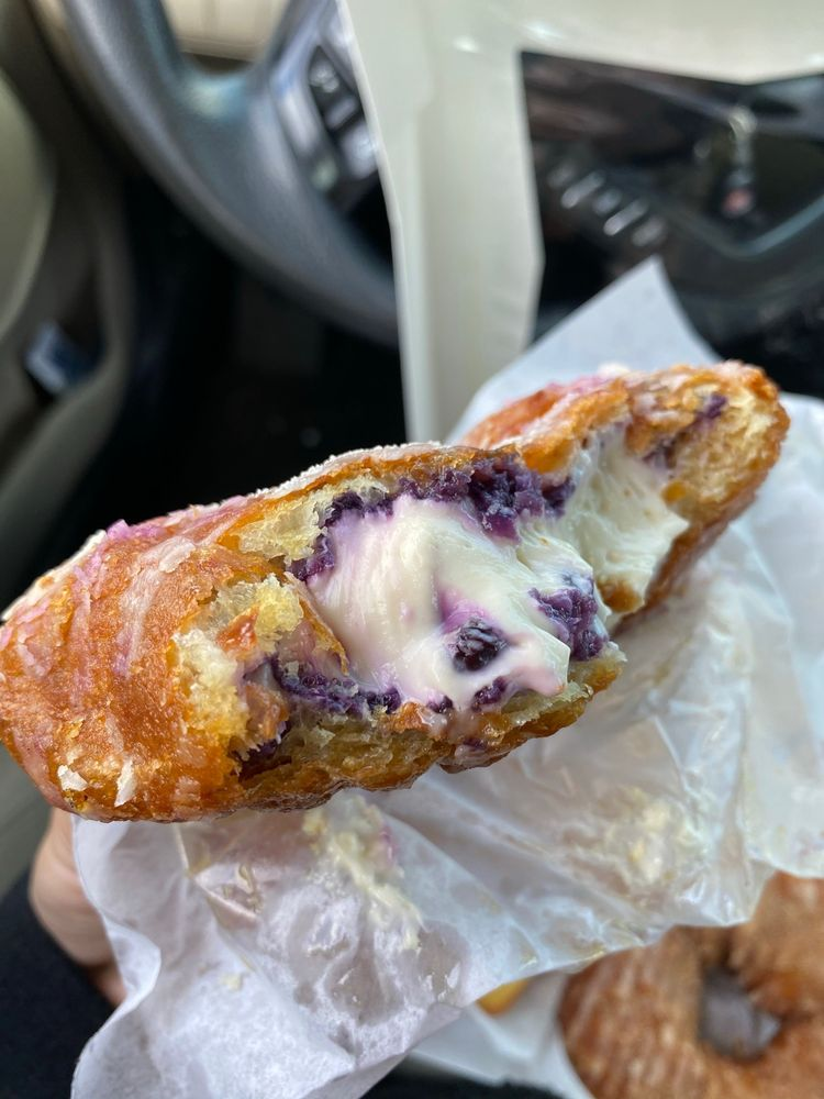Bear Claw Bakery and Cafe