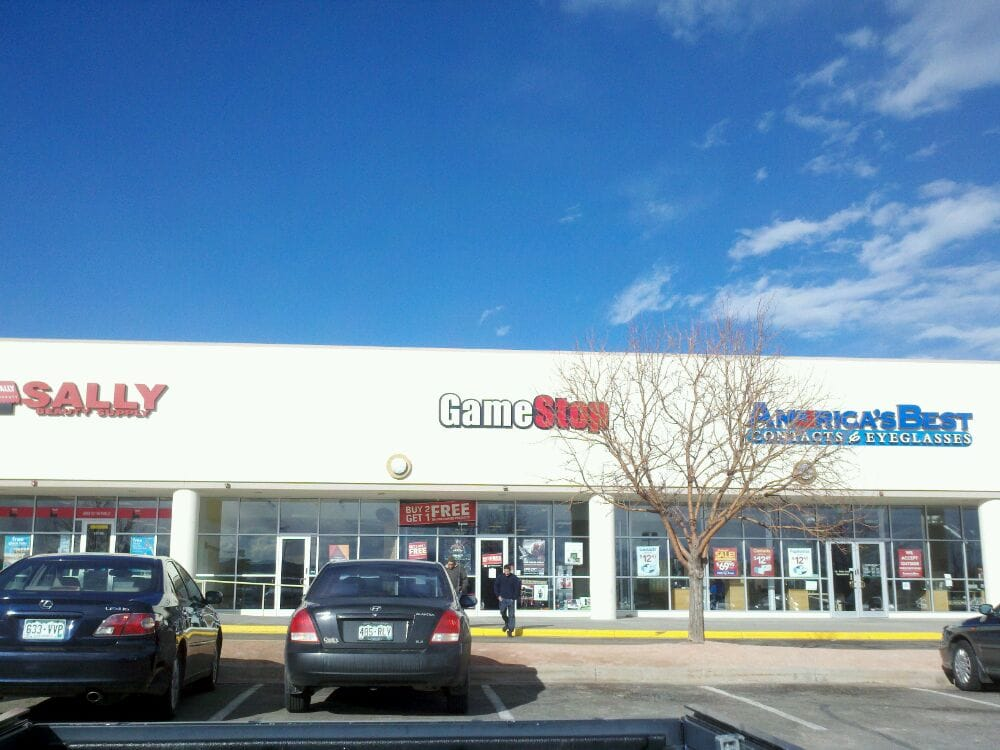 GameStop: 14500 W Colfax Ave, Lakewood, CO