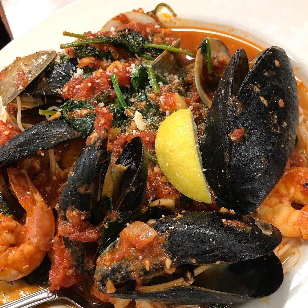 Paesano's Italian Restaurant: 1727 Blue Ridge Blvd, Seneca, SC