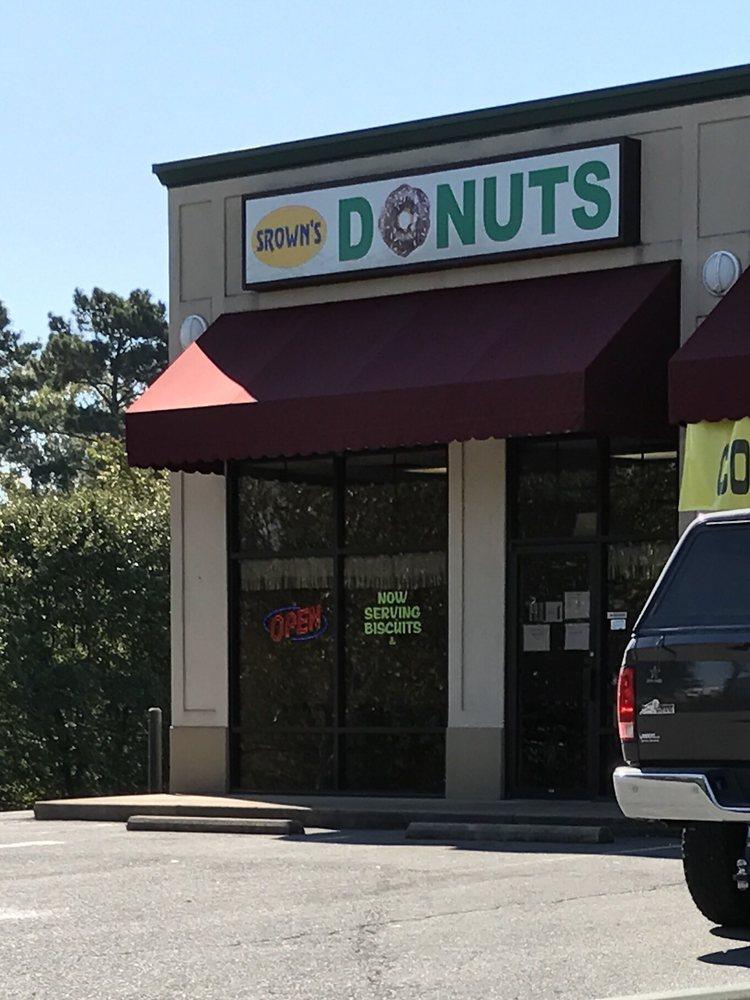Strawn's Donuts: 4430 Highway 5 N, Bryant, AR