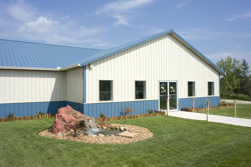 Paw-A-Day Inn K9 Suites: 5 Hodge St, Tilton, IL