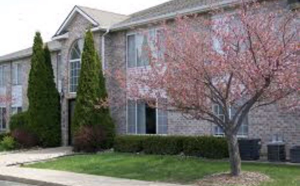 River Walk Apartments: 800 Riverwalk Cir, Corunna, MI