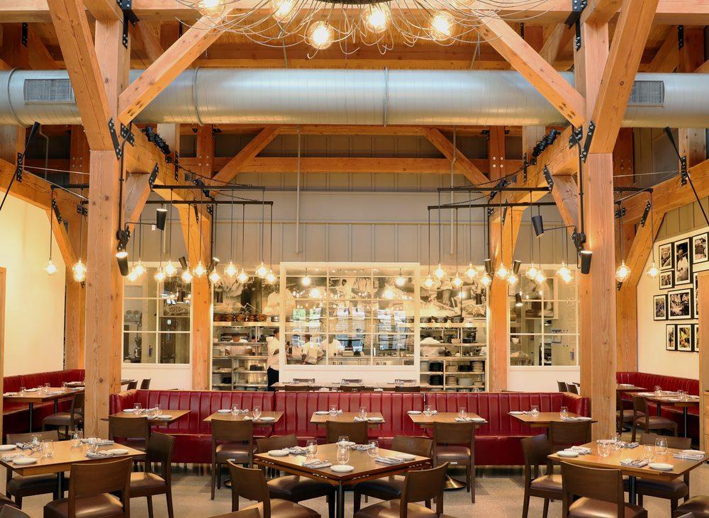 Wolfgang Puck Bar & Grill: 1514 East Buena Vista Dr, Lake Buena Vista, FL