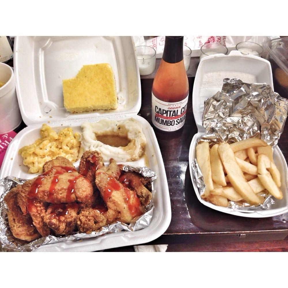 Johnny Ray's Sultry Soul Food: 20630 Ashburn Rd, Ashburn, VA