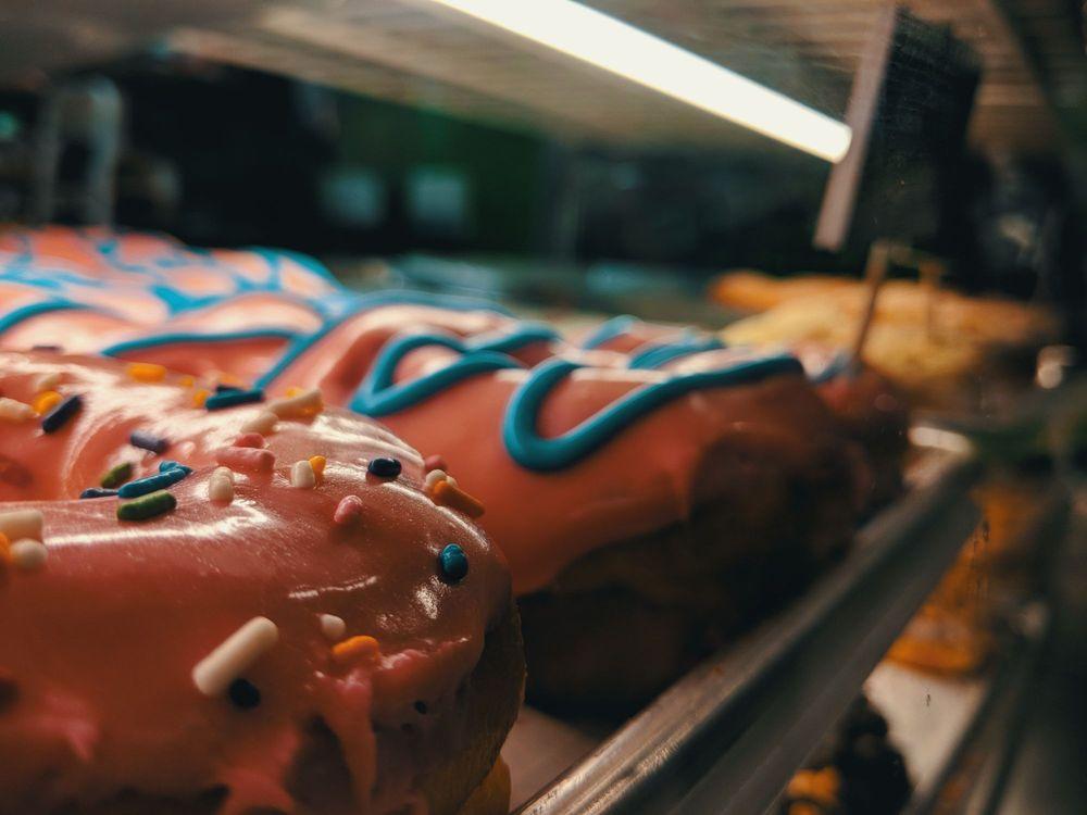 Hurts Donuts