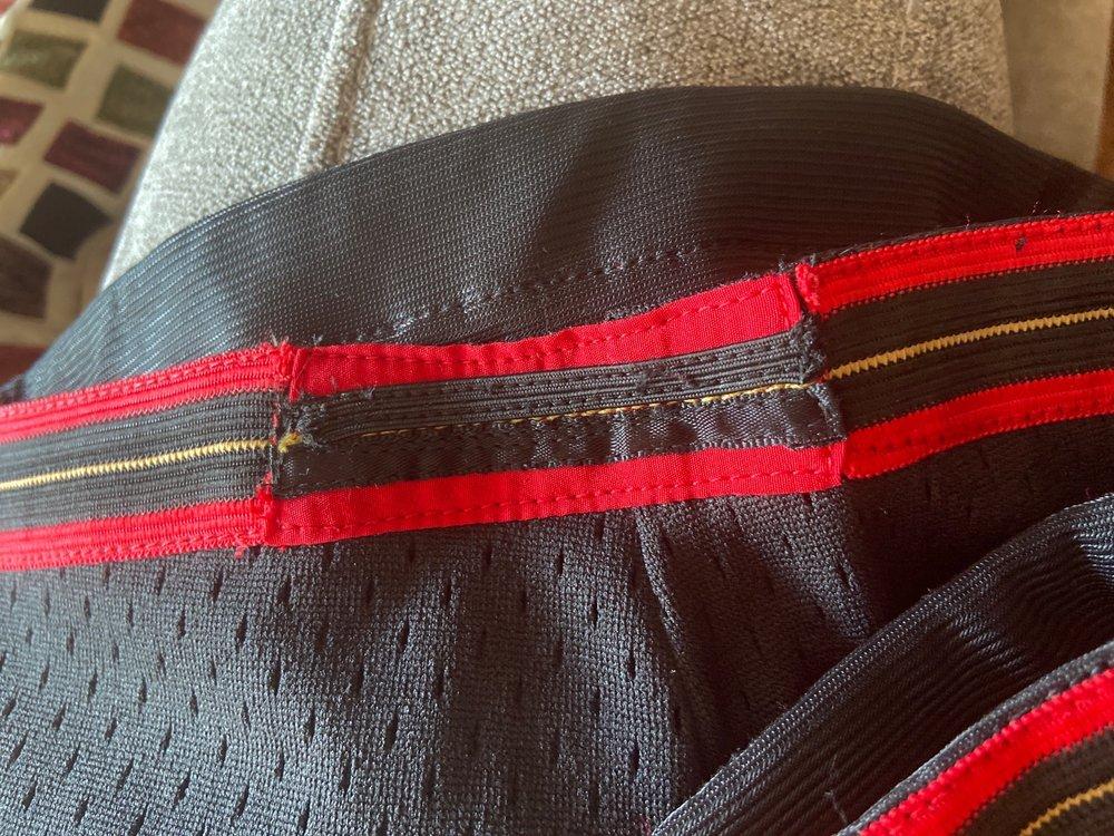 Tony's Custom Tailoring: 2771 Green River Rd, Corona, CA
