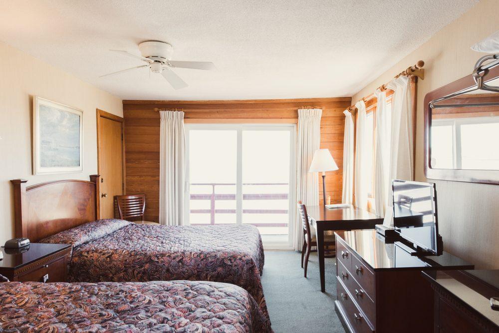 Cape ann motor inn 17 photos 16 reviews hotels 33 for Cape ann motor inn gloucester mass