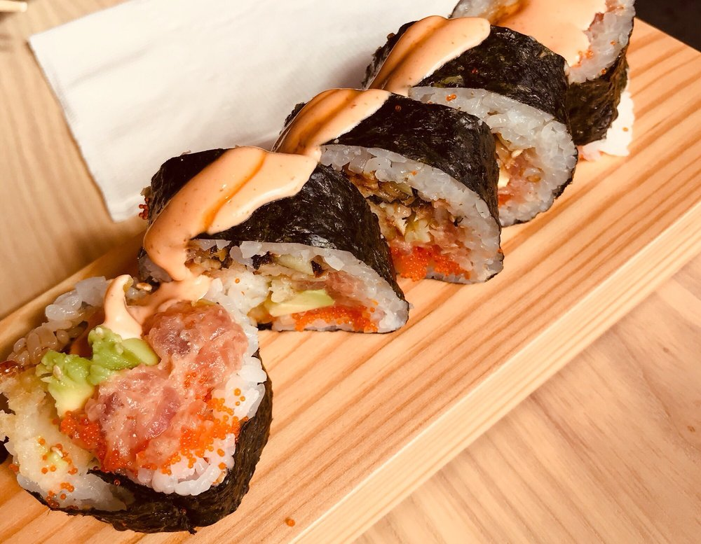 KENAKI Sushi Counter: 706 Center Point Way, Gaithersburg, MD