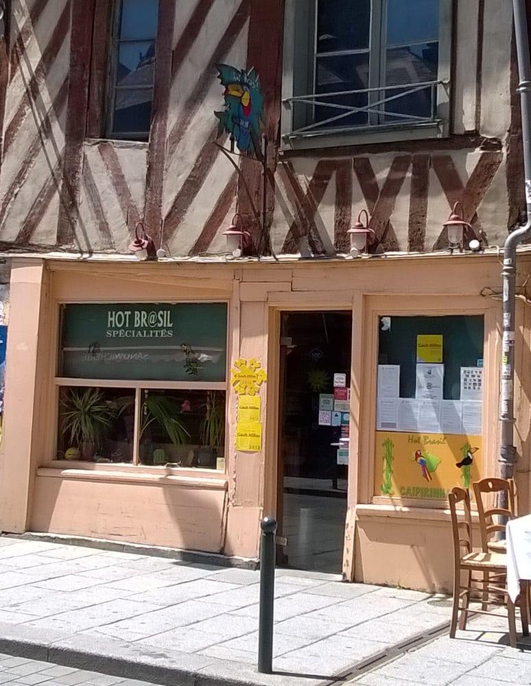 Hot brasil closed 35 reviews brazilian 27 rue de for Restaurant o 23 rennes