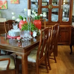 Photo Of Aberdeen   Pleasant Valley, MO, United States. Beautiful Dining  Room Table