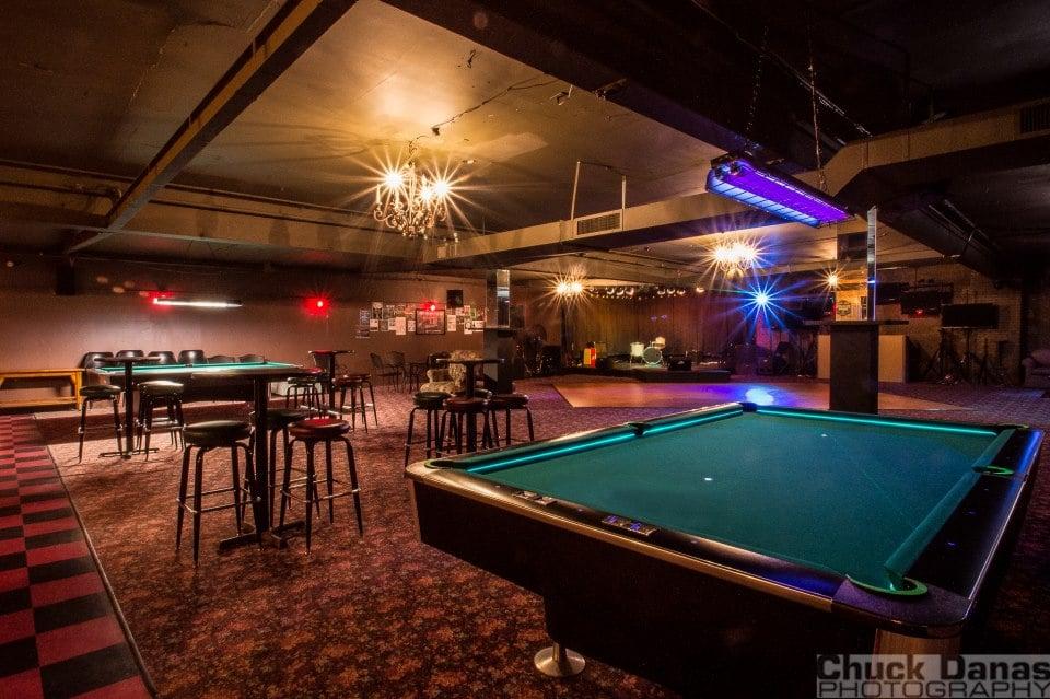 The Hub Billiard Club Island Park Ny