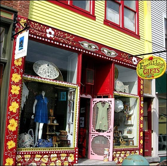 Emeraldrose Gifts: 18 Main St, Bristol, VT