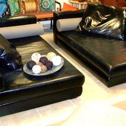 Photo Of Closet Connoisseur Resale Furniture/Fashion   San Antonio, TX,  United States