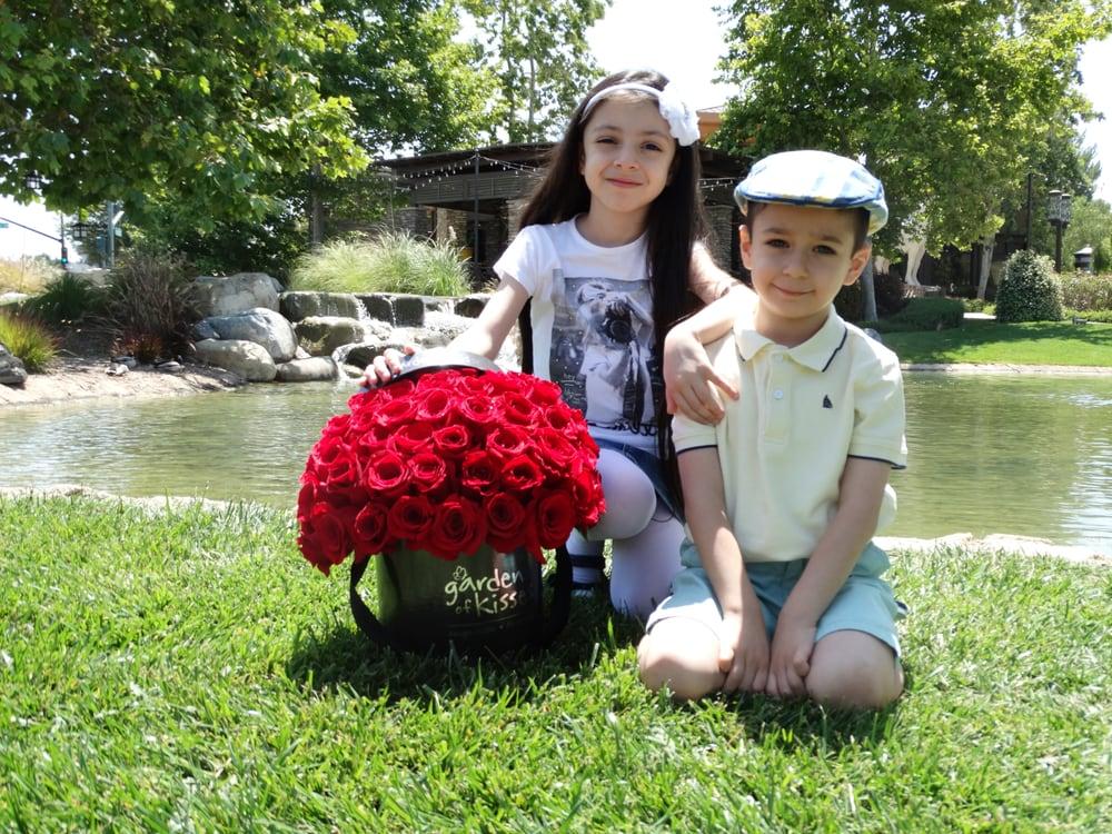 Garden of Kisses - 205 Photos & 84 Reviews - Florists - 13726 ...
