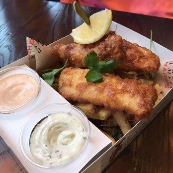 Gordon ramsay fish chips 524 photos 256 reviews for Gordon ramsay las vegas fish and chips