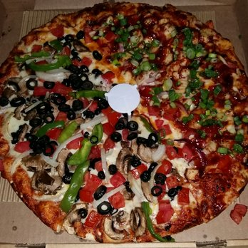 round table pizza - closed - 28 photos & 51 reviews - pizza - 3953