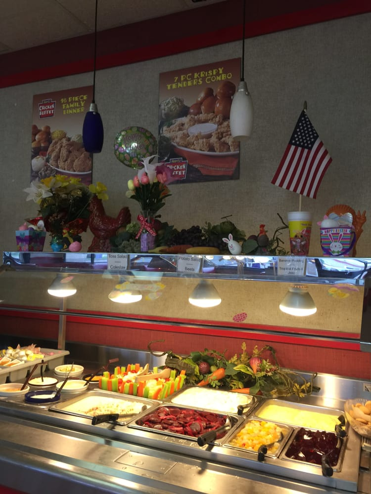 Hartz Chicken Buffet: 1411 US 90, Liberty, TX