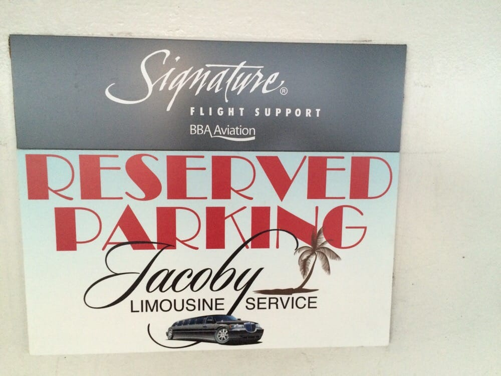 Jacoby Limousine Service: 7240 Hayvenhurst Pl, Van Nuys, CA
