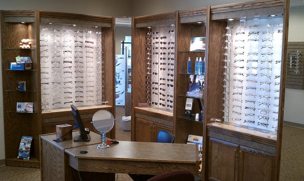 Mid Kansas Eyecare: 607 E Randall St, Hesston, KS