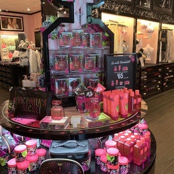 38a086912144 Photo of Victoria's Secret - Mount Pleasant, SC, United States. Beauty items