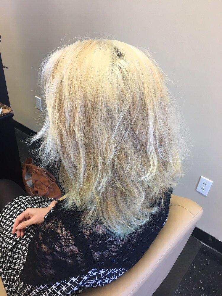 T renee hair salon 19 foton fris rsalonger 3035 for Renee hair salon